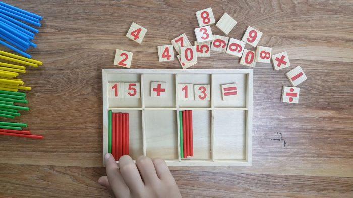 ألعاب تعليم الجمع للأطفال