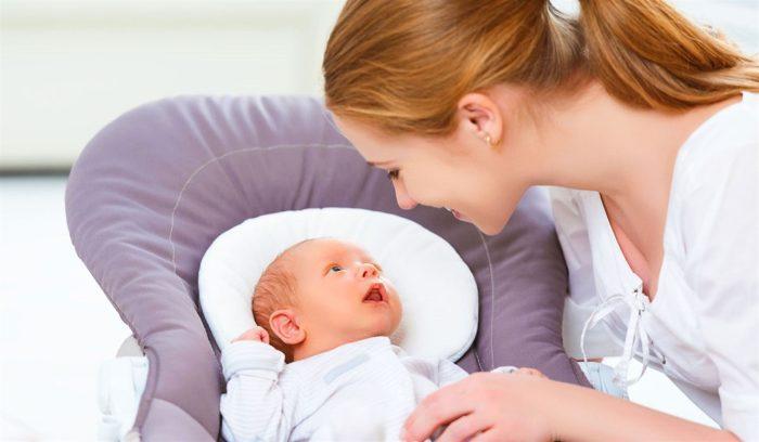 أسباب شد الرضيع على نفسه