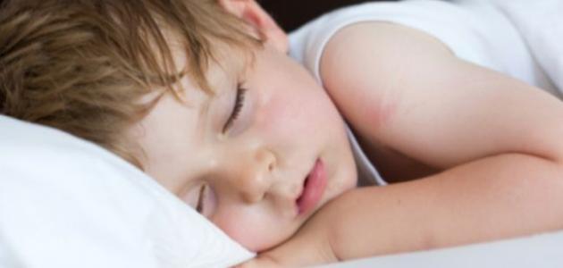أسباب التعرق البارد عند الأطفال