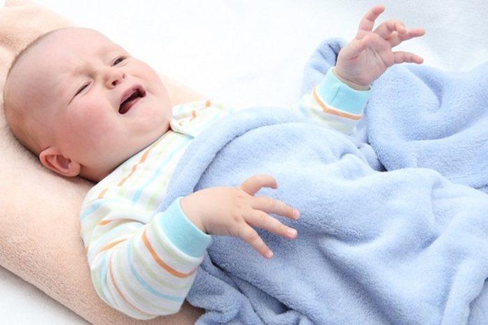 أسباب عدم رضاعة الطفل حديث الولادة