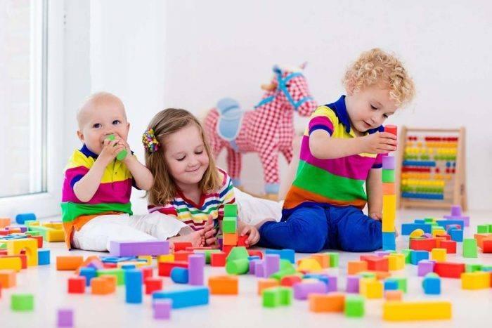 أهمية اللعب في مرحلة الطفولة المبكرة