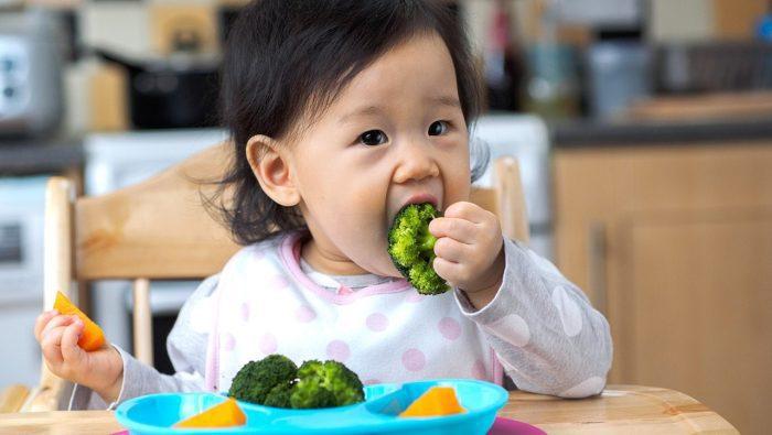 اكل طفل 9 شهور