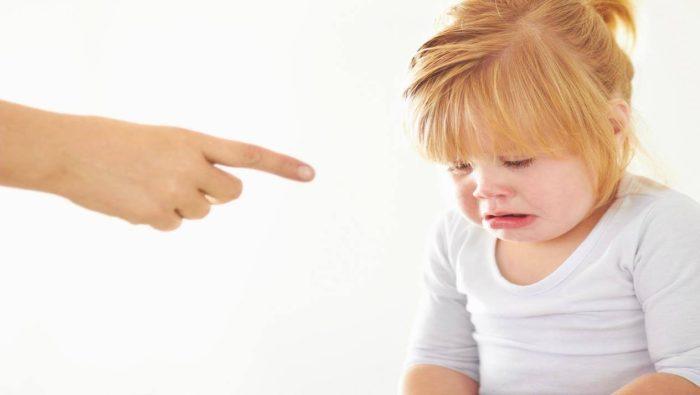 التعامل مع الطفل العصبي في عمر سنتين