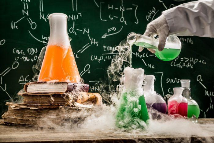 التفاعلات الكيميائية