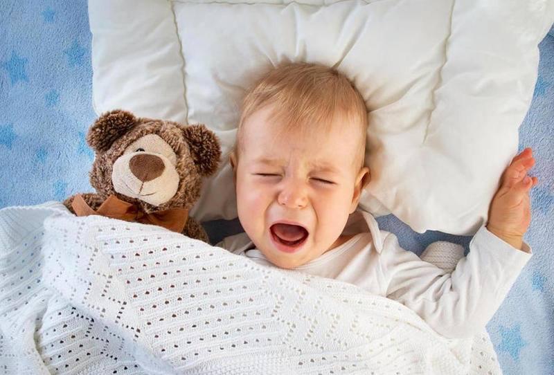 بكاء الطفل المستمر