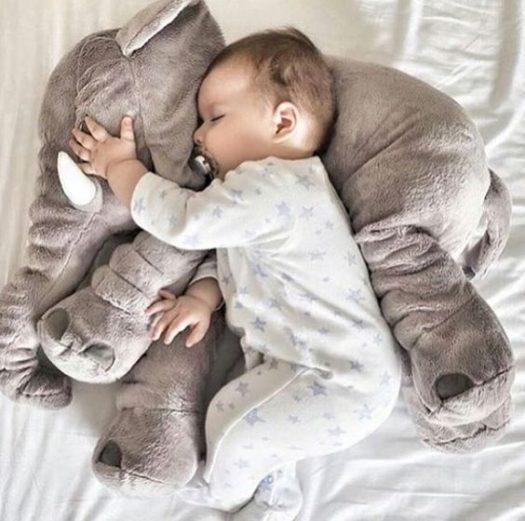 كثرة حركة الرضيع أثناء النوم