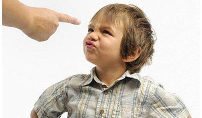 طريقة عقاب الطفل في عمر ثلاث سنوات