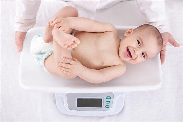 طول الطفل الطبيعي منذ الولادة