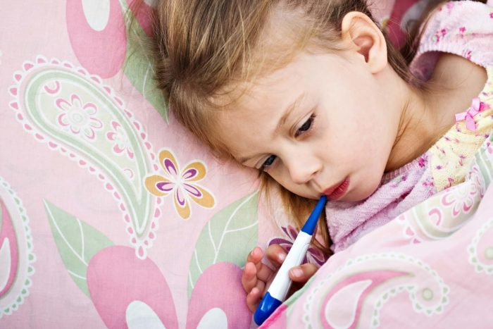 علاج السخونة عند الأطفال