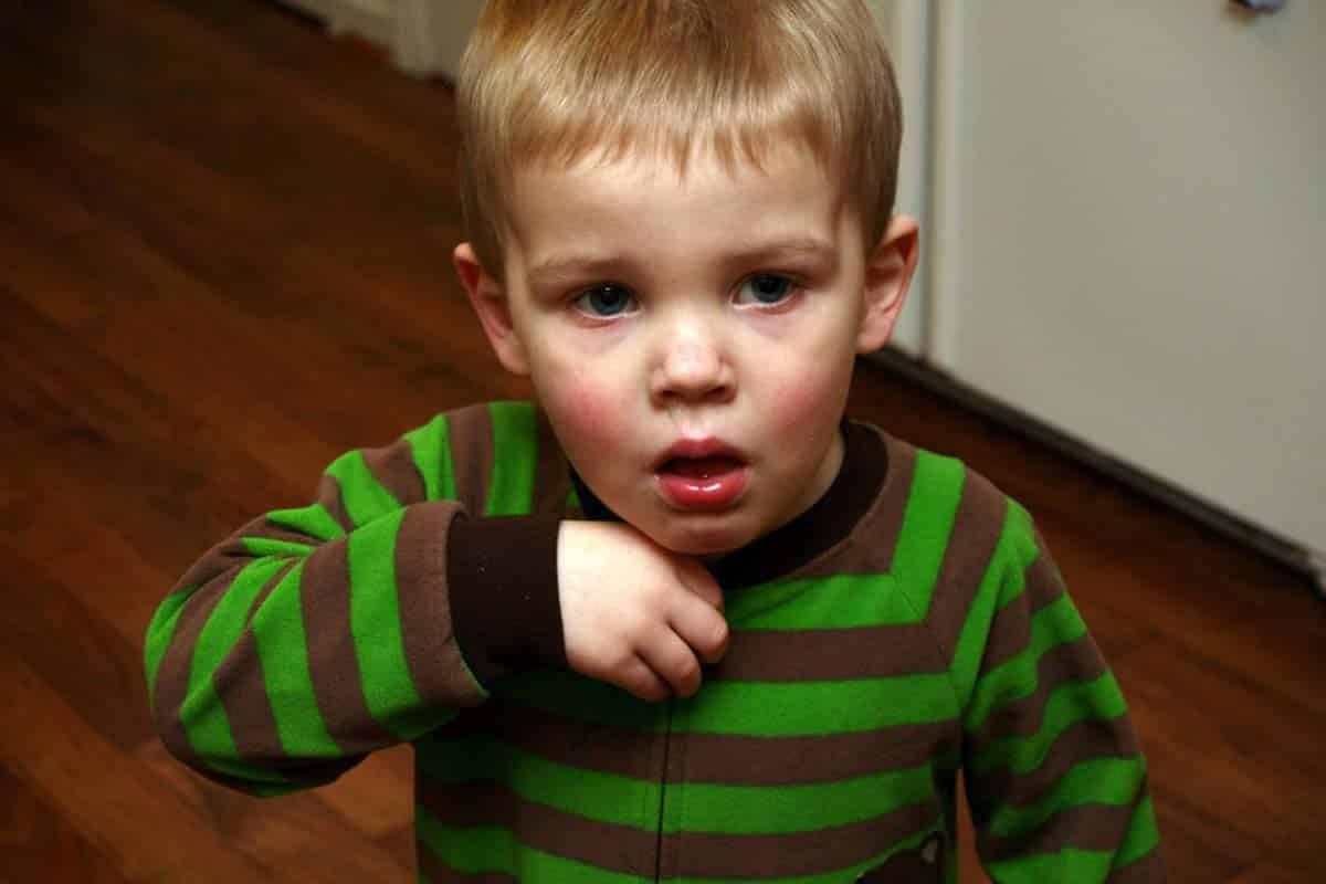 علاج الكحة للأطفال بالقرآن