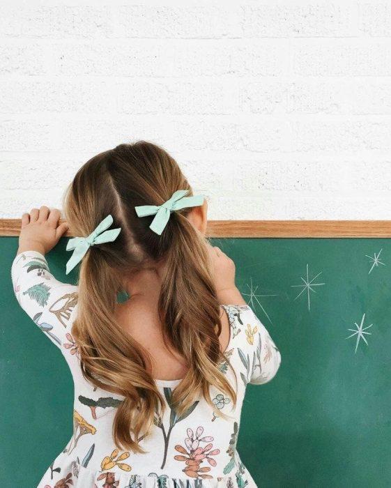 تسريحات شعر للأطفال للمدرسة