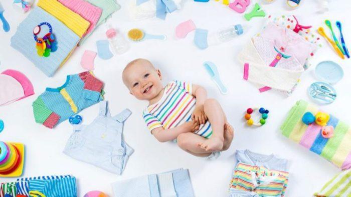 ملابس أطفال حديثي الولادة