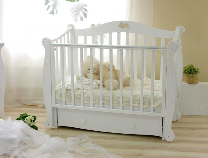 سرير أطفال عمر سنتين