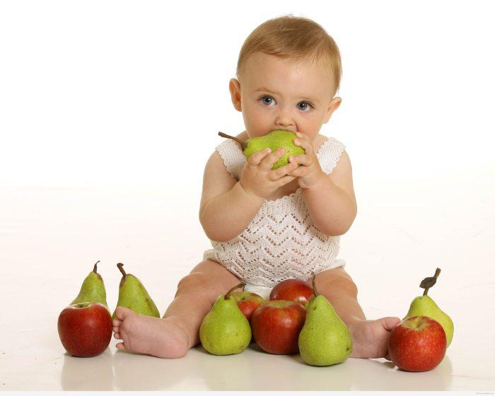 جدول تغذية الطفل الرضيع في الشهر الرابع