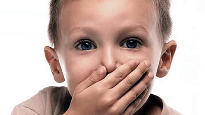 سن الكلام عند الأطفال الذكور