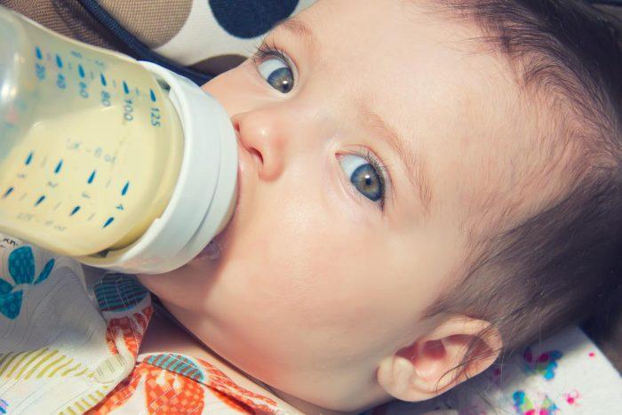 طفلي الرضيع يجوع بسرعة
