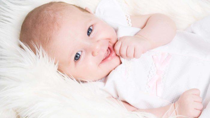 تطعيم الشهرين خال العيال
