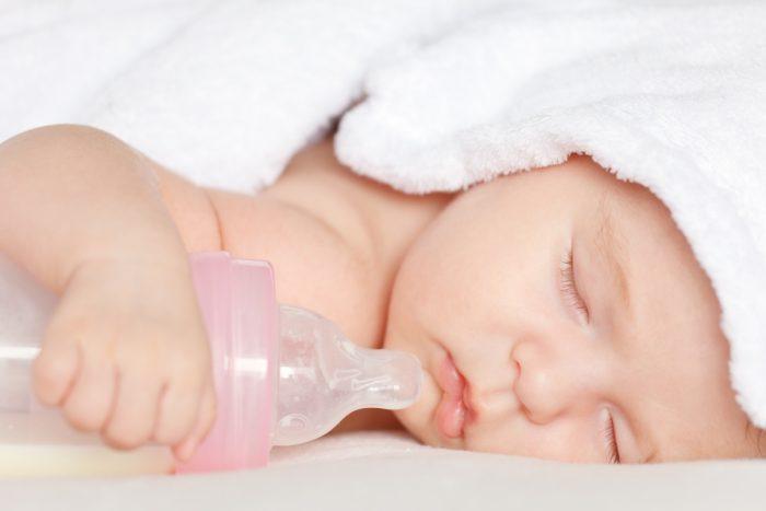 صعوبات الرضاعة الطبيعية