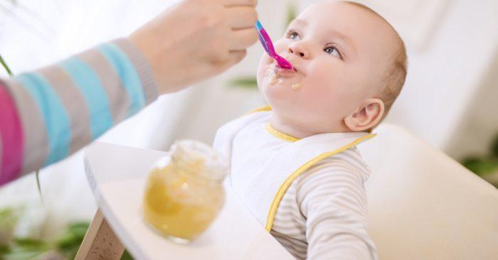 طريقة تحضير طعام الطفل في الشهر الرابع
