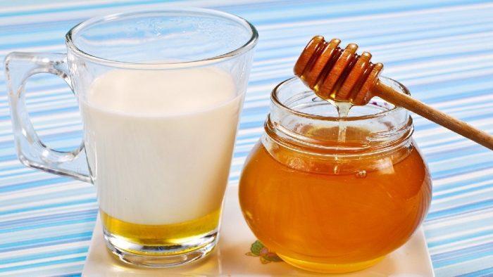 متى يعطى العسل للأطفال؟