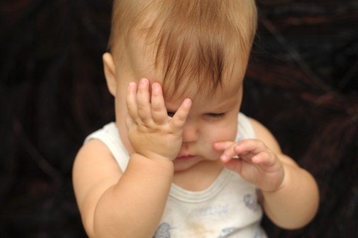 حركات لا إرادية في أصابع اليد عند الأطفال