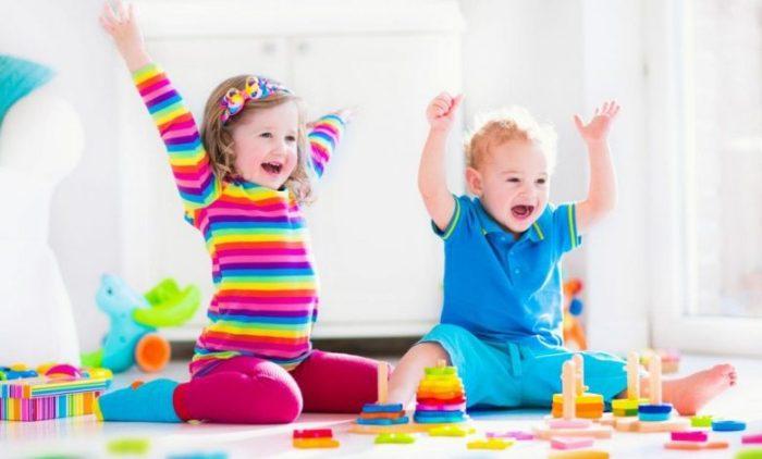 نشاطات الطفل في عمر السنتين