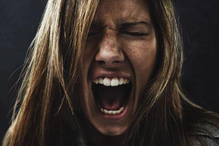 هل الصراخ يؤثر على الجنين
