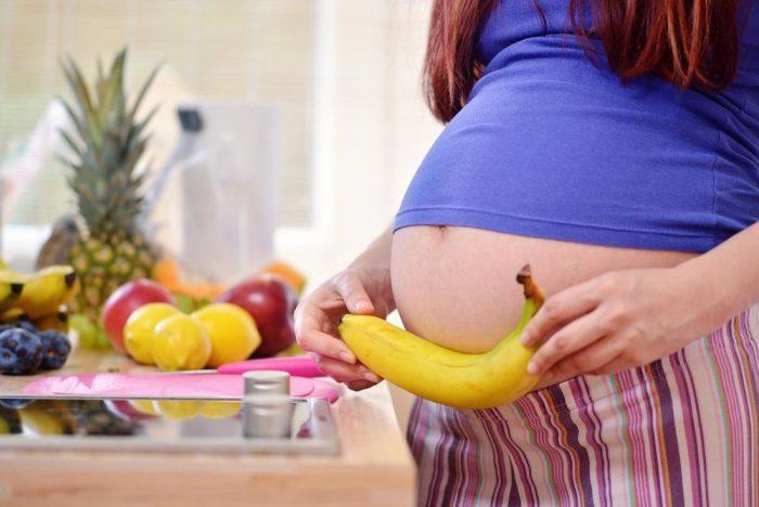 هل الموز يزيد وزن الجنين