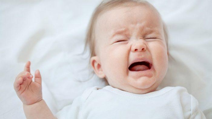 فزع الرضيع أثناء النوم
