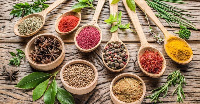 إرشادات استعمال الأعشاب للرضع في الشهر الأول