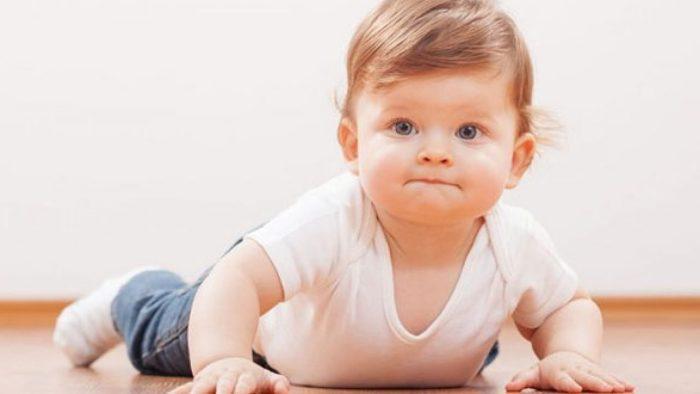 تمارين الطفل في الشهر الرابع
