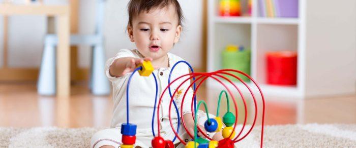 مرحلة نمو الطفل من 12 إلى 18 شهر