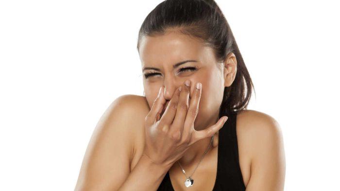 رائحة البول الكريهة للحامل ونوع الجنين