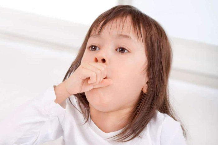 علاج الكحة والبلغم عند الأطفال بالأعشاب