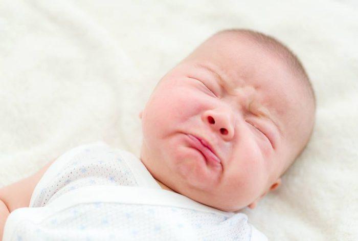 أعراض موت الجنين في الشهر الثاني بدون نزيف