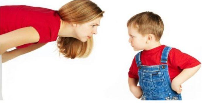 أفضل طرق التعامل مع الطفل العصبي والعنيد