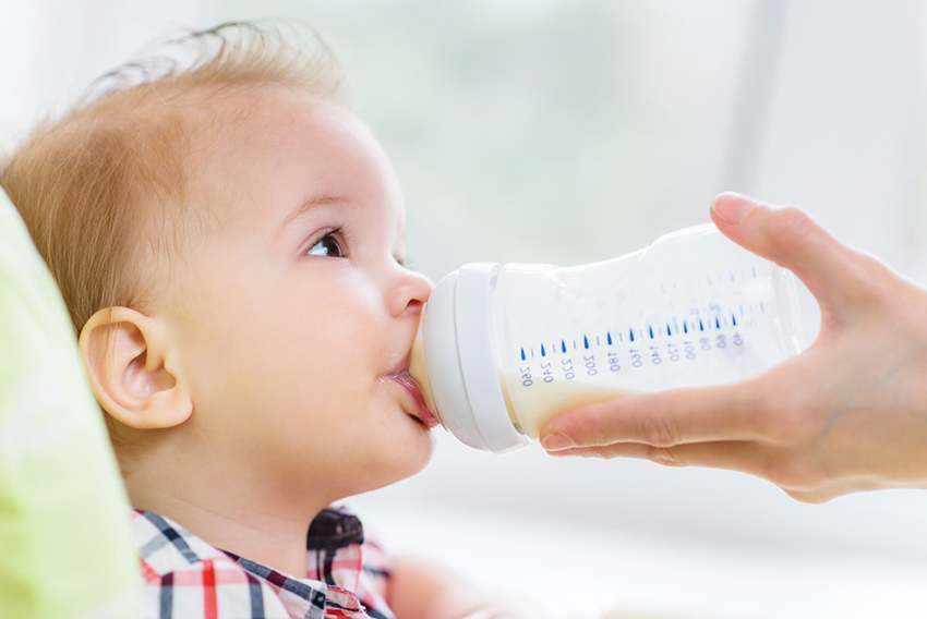 جدول كمية الحليب للرضع حسب الوزن