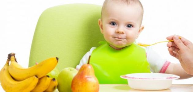 عدد وجبات الطفل في الشهر السادس