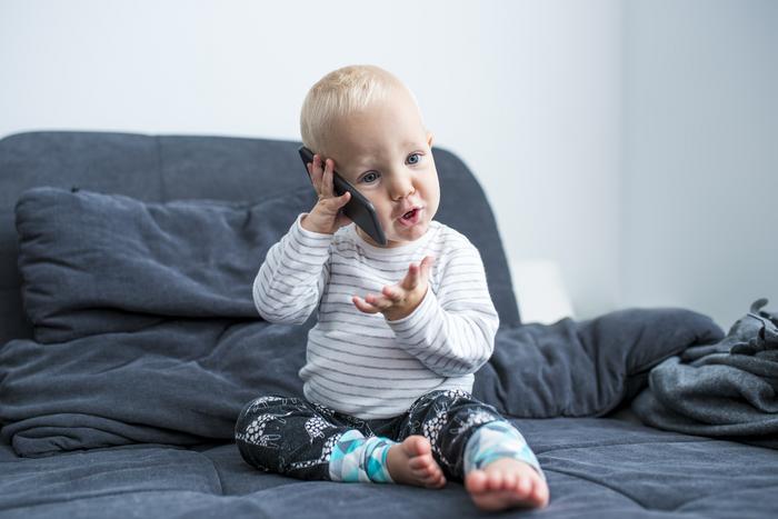 كيف تجعل الطفل يتكلم بسرعة