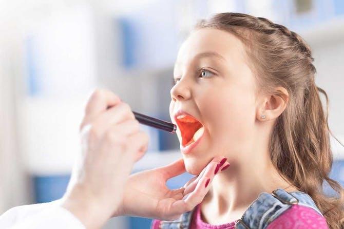 أدوية علاج التهاب الحلق للأطفال