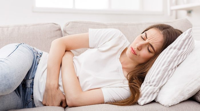 أشعر بأعراض الحمل رغم نزول الدورة