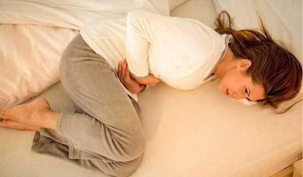 هل ألم الدورة قبل موعدها بأسبوع من علامات الحمل